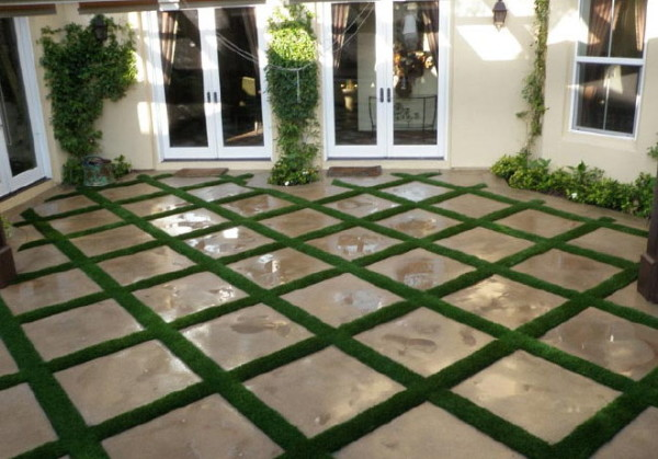 fake-grass-landscaping-3